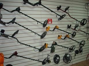 В нашем магазине в Пензе представлен широкий выбор металлоискателей...